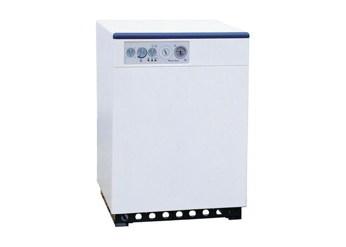 Котел оснащен атмосферной газовой горелкой из нержавеющей стали с электроподжигом, термостатом котловой воды (30–90 С)...